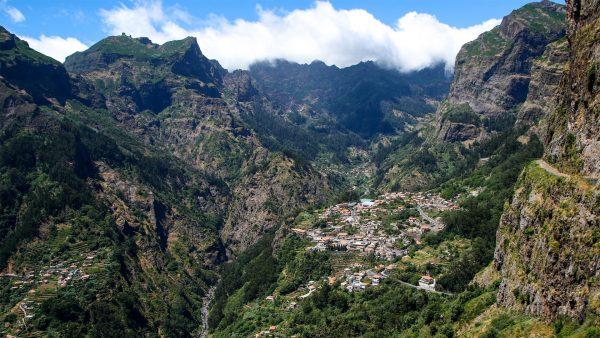 CURAL DAS FREIRAS- 10 locuri de vizitat in MADEIRA - TrailRunningAcademy.com