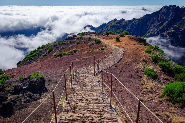 PICO DO AREIRO ȘI PICO RUIVO - 10 locuri de vizitat in MADEIRA - TrailRunningAcademy.com