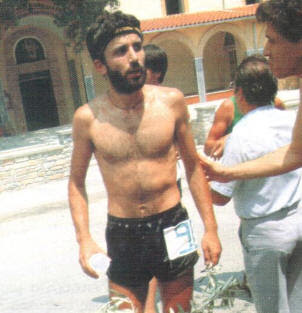 Lazaros Rigos la Finish Olympus Mountain Marathon, 6 Iulie, 1986